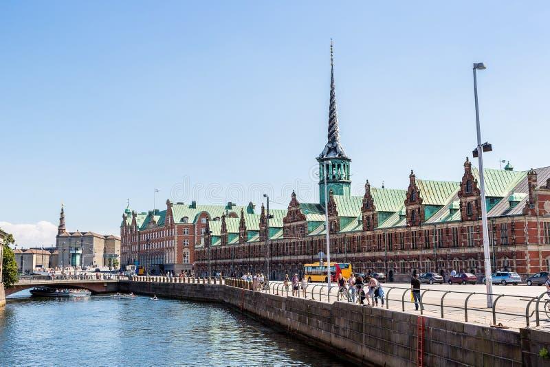 Construção de bolsa de valores anterior em Copenhaga, Dinamarca imagens de stock royalty free