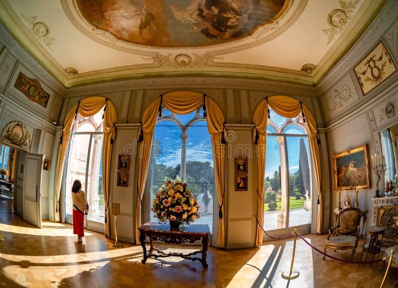A construção de Casa de campo Ephrussi de Rothschild fotografia de stock