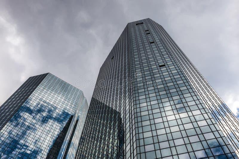 Construção de Deutsche Bank em Francoforte foto de stock