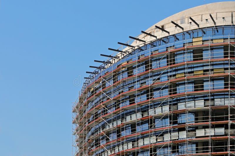 Construção de edifício moderna fotografia de stock royalty free