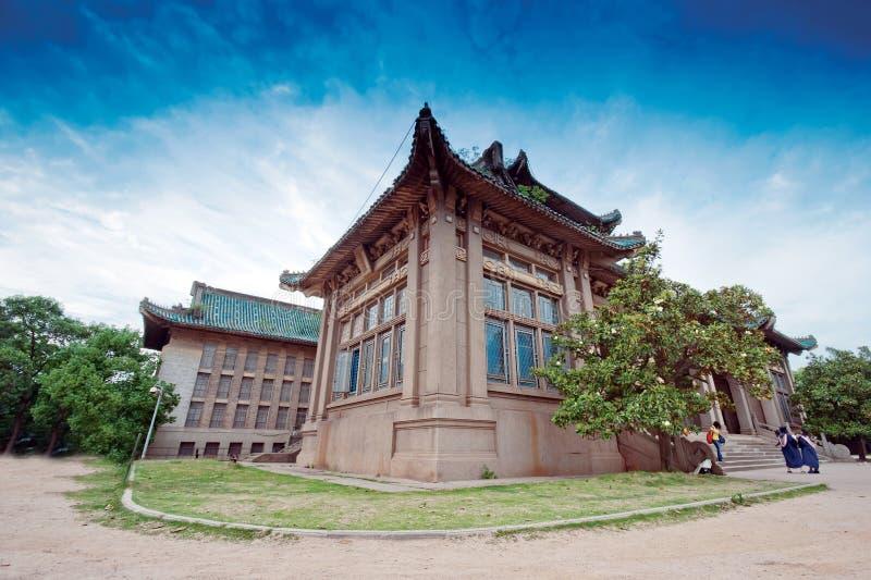 Construção de ensino da universidade de Wuhan fotografia de stock royalty free