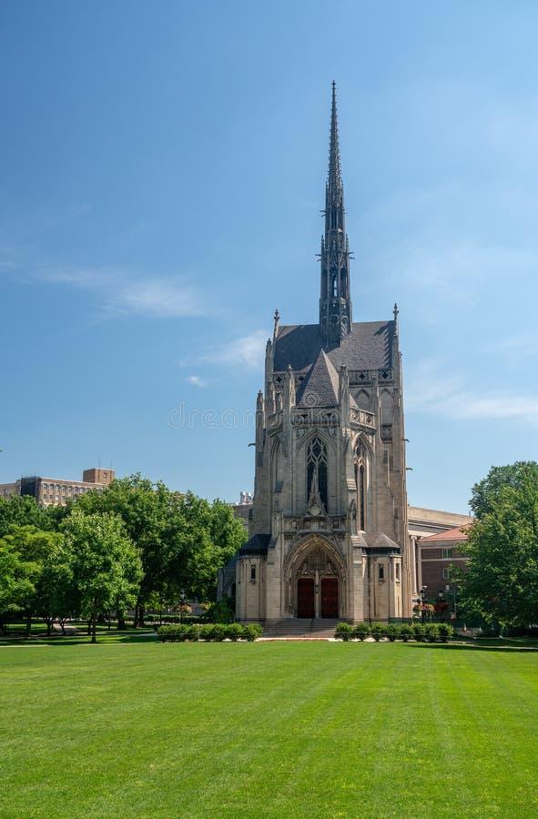 Construção de Heinz Chapel na universidade de Pittsburgh foto de stock
