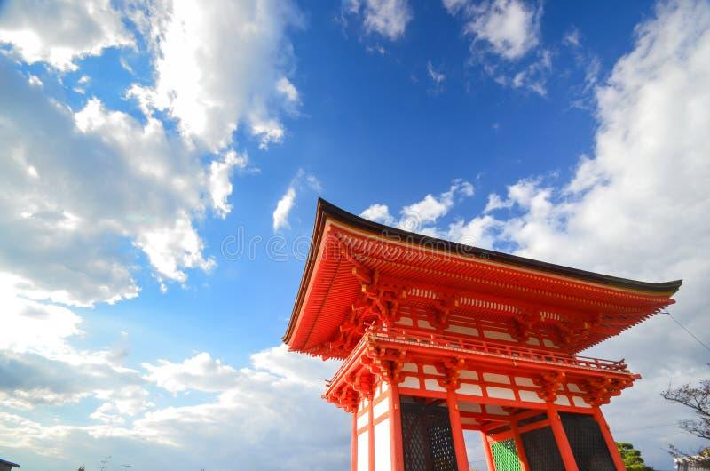 Construção de Japnese no templo de Kiyomizu em Kyoto, Japão fotos de stock royalty free