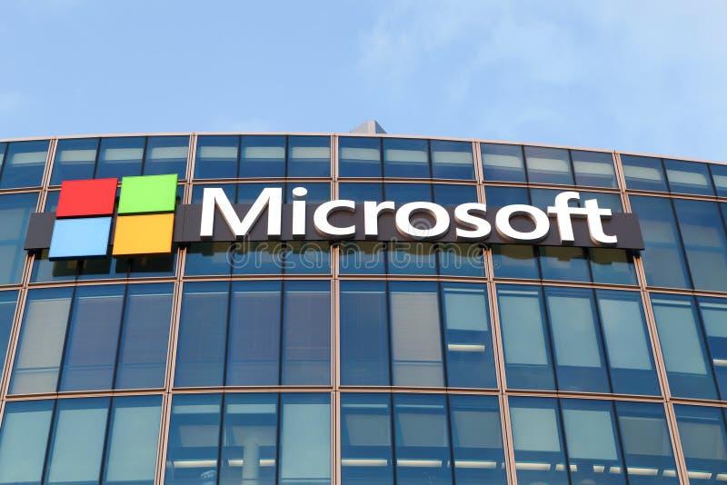Construção de Microsoft em Paris imagens de stock royalty free