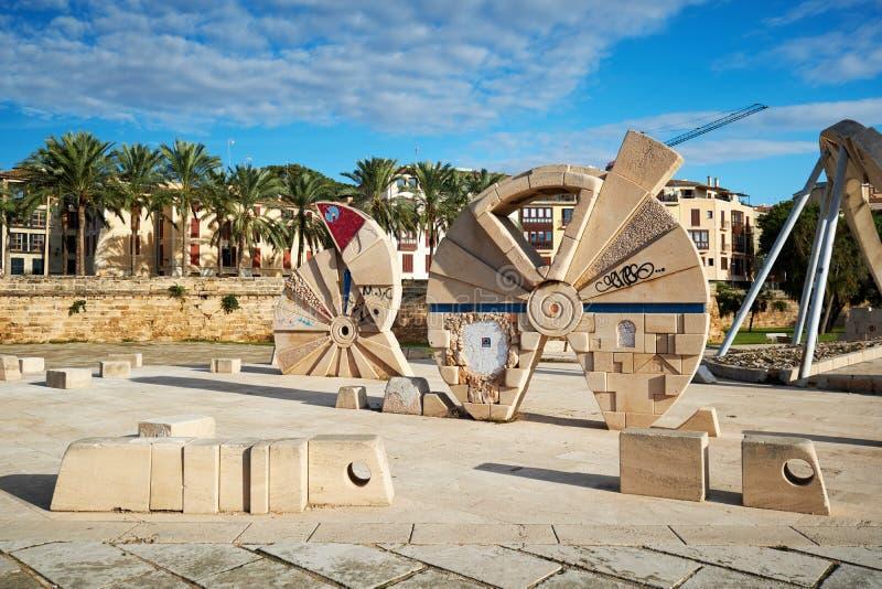 Construção de pedra perto de Palma de Mallorca Cathedral spain foto de stock royalty free