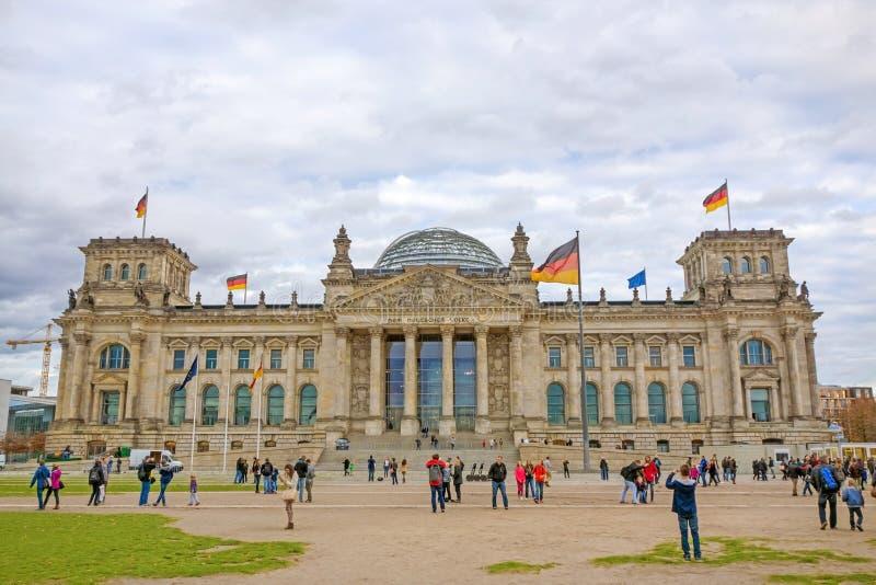Construção de Reichstag do alemão, Berlim, Alemanha fotos de stock