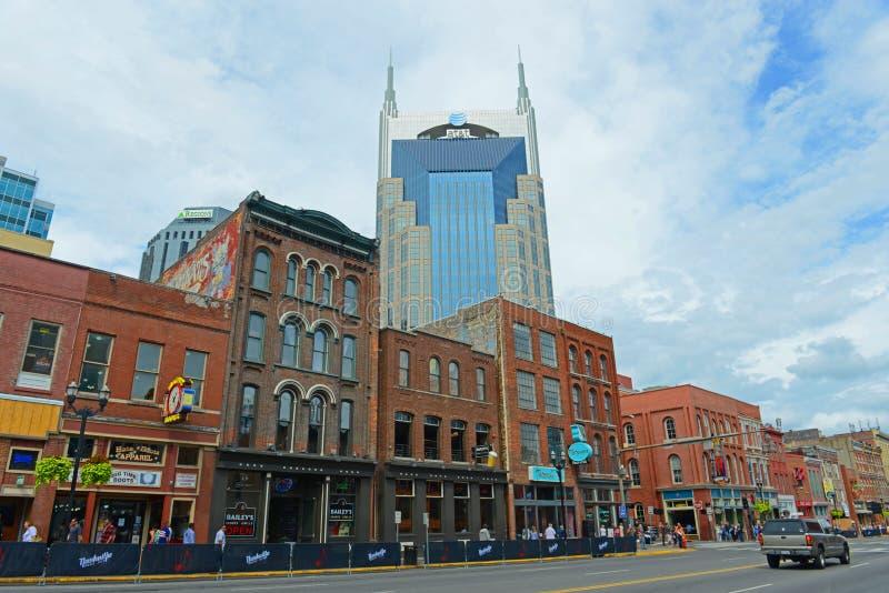 Construção de AT&T e Broadway, Nashville, TN, EUA imagens de stock