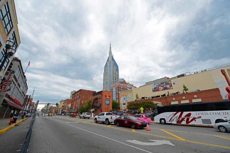 Construção de AT&T e Broadway, Nashville, TN, EUA imagens de stock royalty free