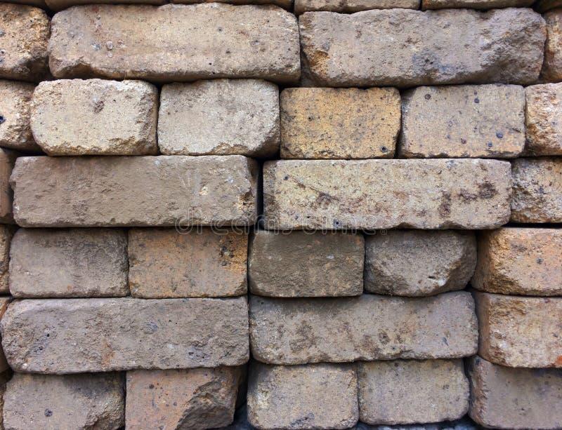 Construção de tijolo, textura conservada em estoque do fundo Telha dos tijolos do russo imagens de stock royalty free