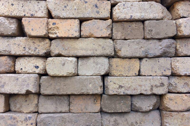 Construção de tijolo, textura conservada em estoque do fundo Telha dos tijolos do russo foto de stock