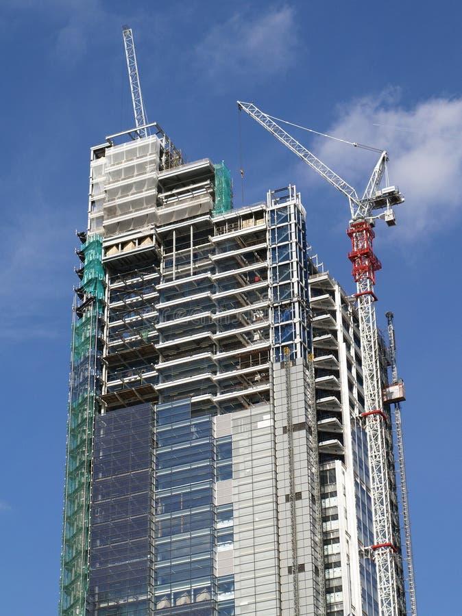 Construção de um arranha-céus imagem de stock