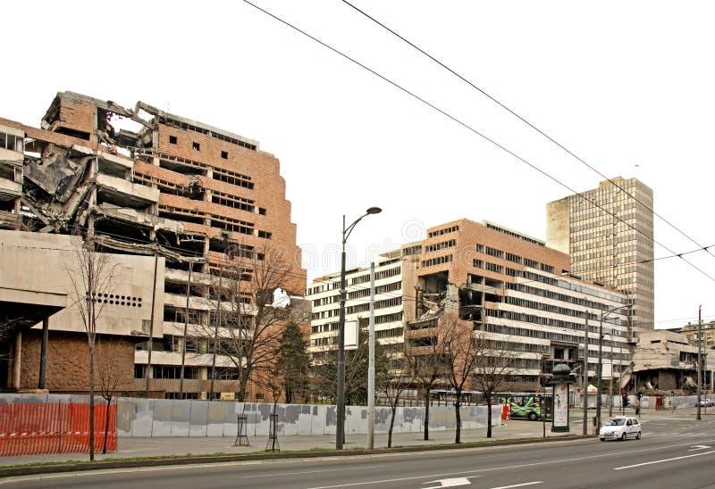 Construção destruída na rua de Nemanjina em Belgrado serbia foto de stock