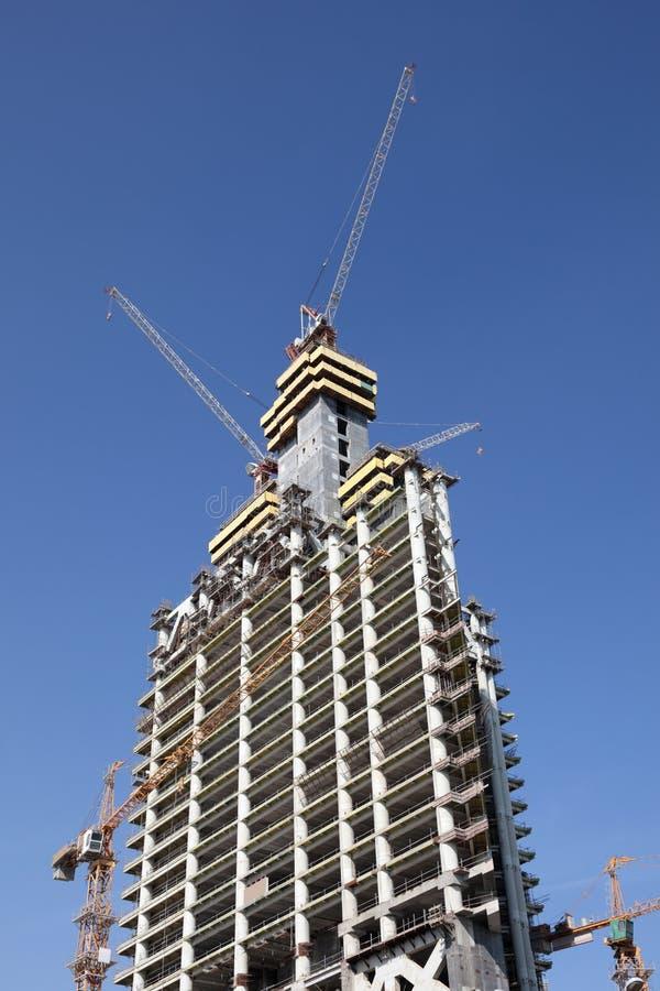 Download Construção do arranha-céus foto de stock. Imagem de edifício - 26501468