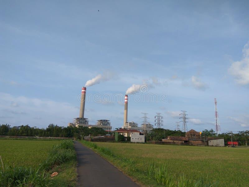 Construçãodo central elétrica de Steamimagens de stock