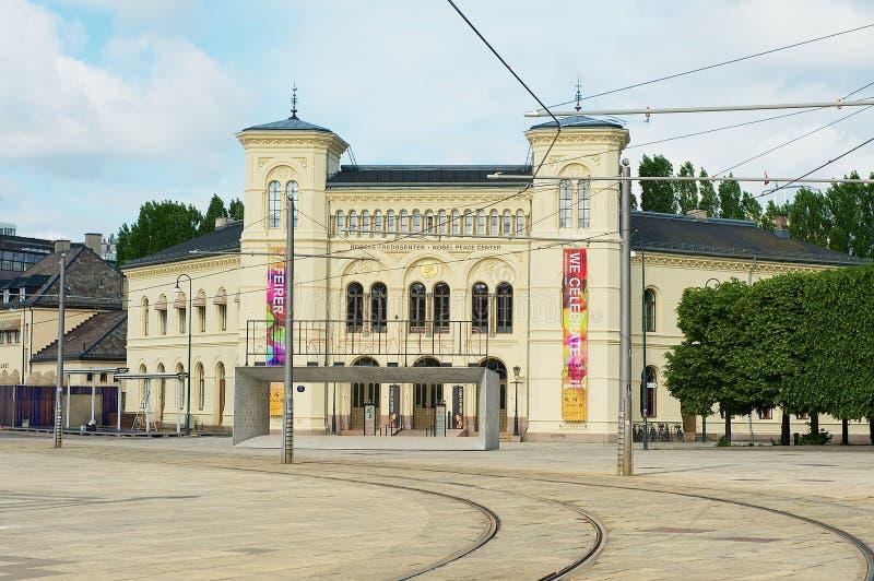 Construção do centro da paz de Nobel em Oslo, Noruega foto de stock