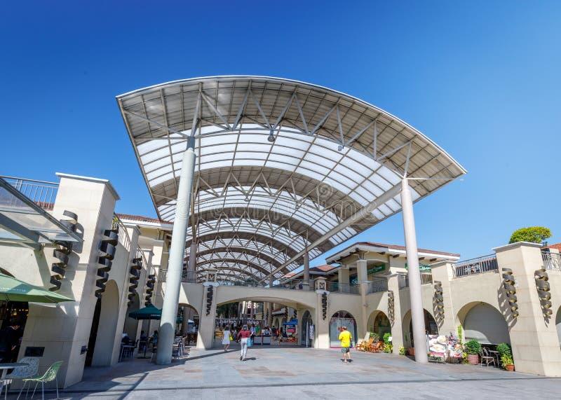 Construção do centro de cidade de Alabang na cidade de Manila foto de stock