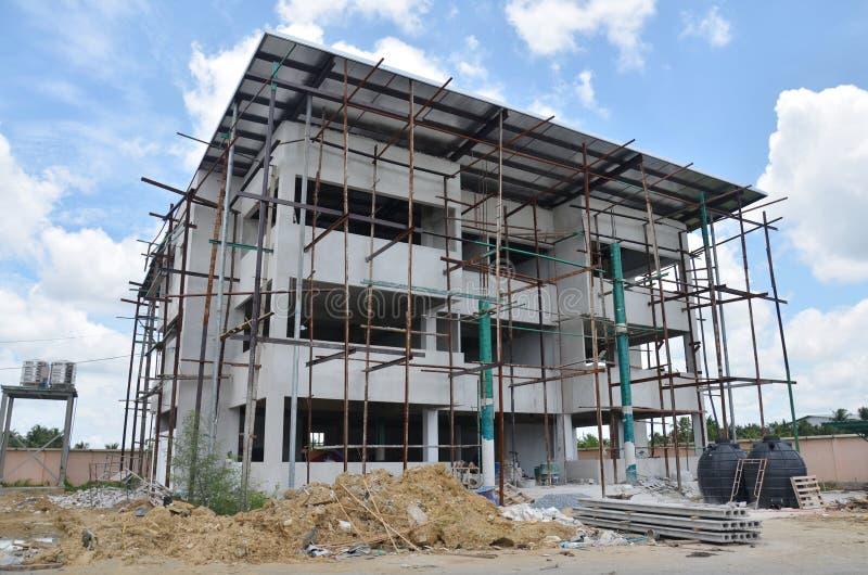 Construção do escritório da construção em Tailândia fotografia de stock royalty free