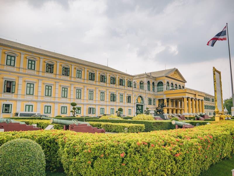 Construção do Ministério de Defesa na cidade Tailândia de Banguecoque foto de stock