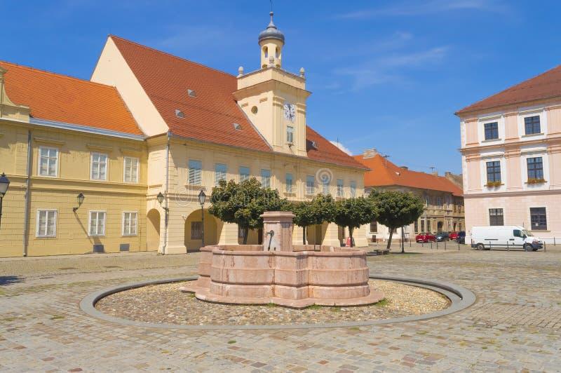 Construção do museu arqueológico em Osijek, Croácia fotos de stock royalty free