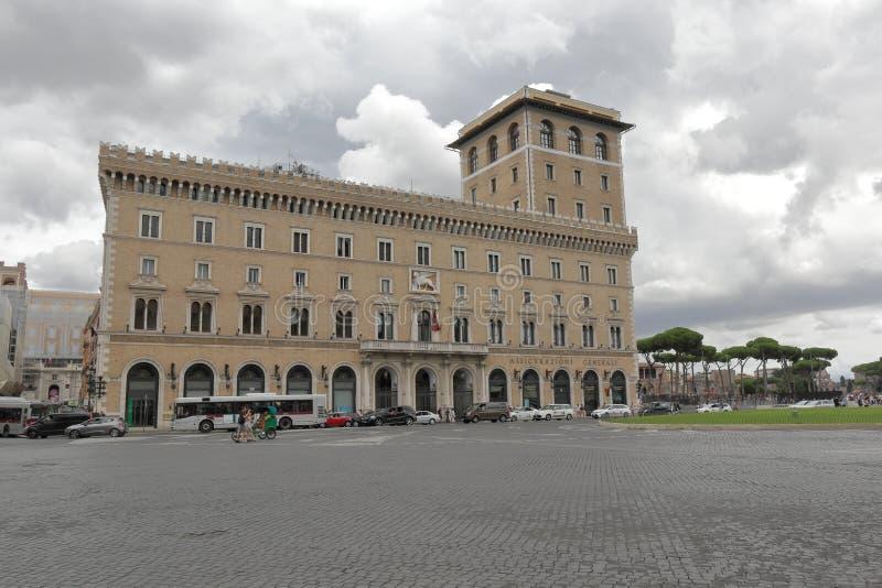 Construção do palácio de Assicurazioni Generali em Roma Itália fotografia de stock