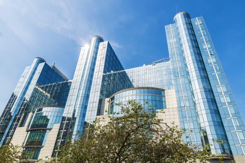 Construção do Parlamento Europeu em Bruxelas, Bélgica foto de stock royalty free