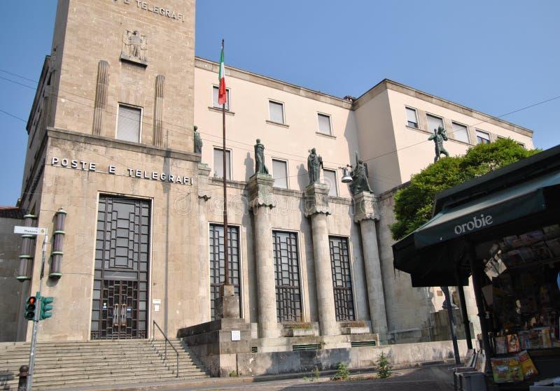 A construção do telégrafo em Bergamo imagem de stock royalty free
