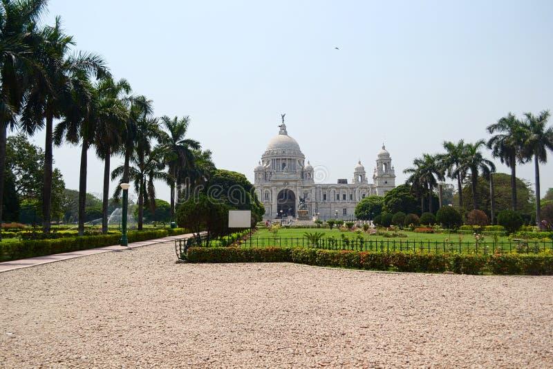 Construção e jardins históricos de Victoria Memorial em Calcutá imagem de stock royalty free