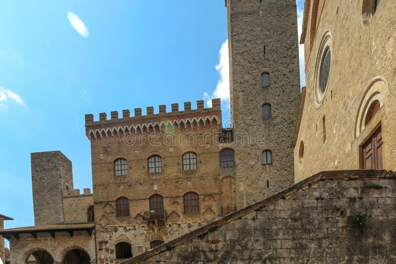 Construção em San Gimignano, Itália imagens de stock royalty free
