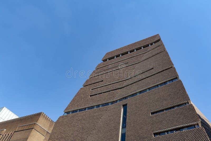 Construção exterior de Tate Modern, museu de moderno e arte contemporânea em Londres, Reino Unido imagem de stock
