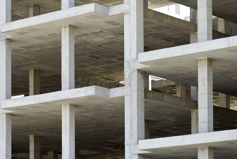 Construção feita com lajes de cimento pré-fabricadas fotografia de stock