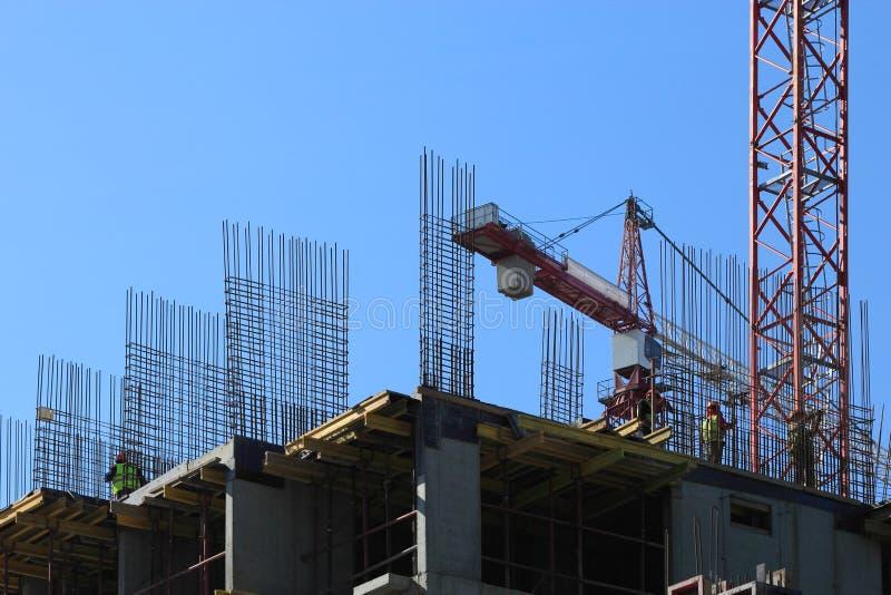 Construção fundida no mesmo sítio foto de stock