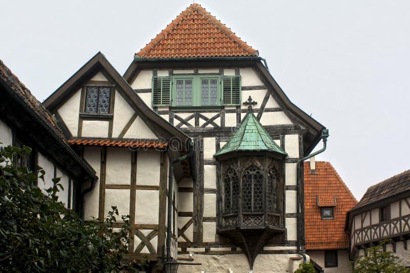 Construção gótico no castelo de Wartburg, Alemanha do fachwerk imagens de stock royalty free