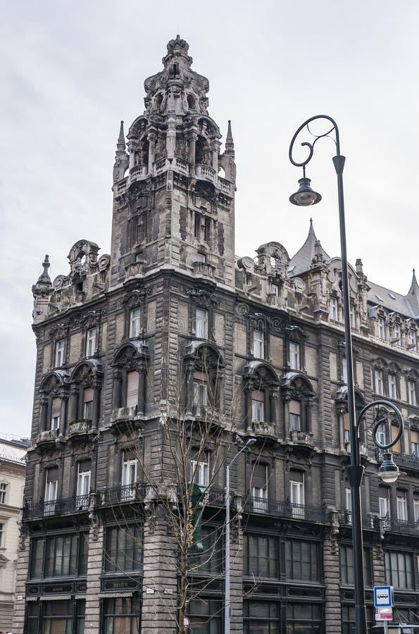 Construção histórica em Budapest, Hungria imagem de stock