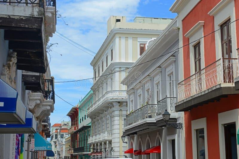 Construção histórica em San Juan velho, Porto Rico fotografia de stock royalty free