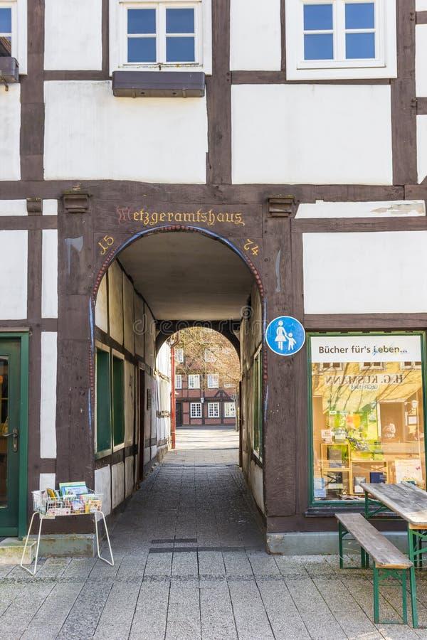 Construção histórica Metzgeramtshaus no centro de Lippstadt imagens de stock