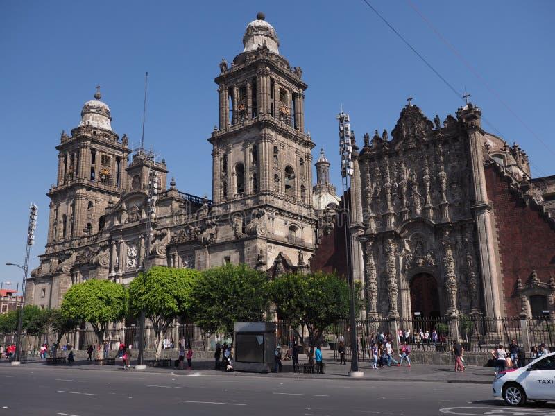 Construção metropolitana monumental da catedral da suposição de Mary de Cidade do México no quadrado de Zocalo fotos de stock royalty free