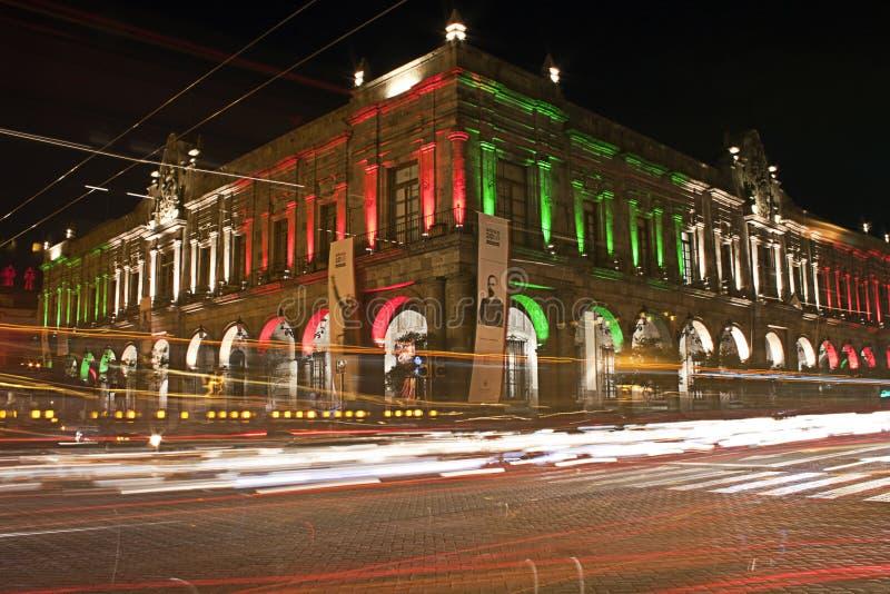Construção mexicana na noite imagem de stock royalty free