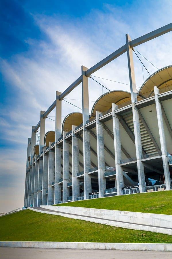 A construção moderna da arena nacional em Bucareste imagens de stock