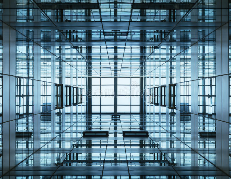 Construção moderna do detalhe da arquitetura com fachada de vidro fotos de stock