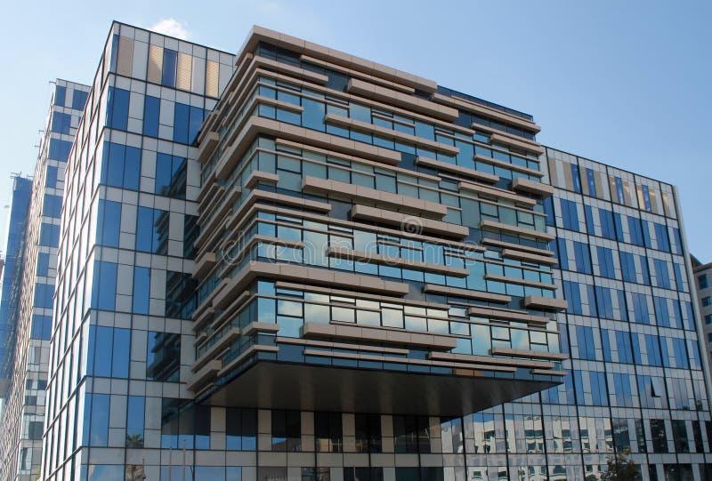 Construção moderna do escritório em Herzliya, Israel fotos de stock royalty free