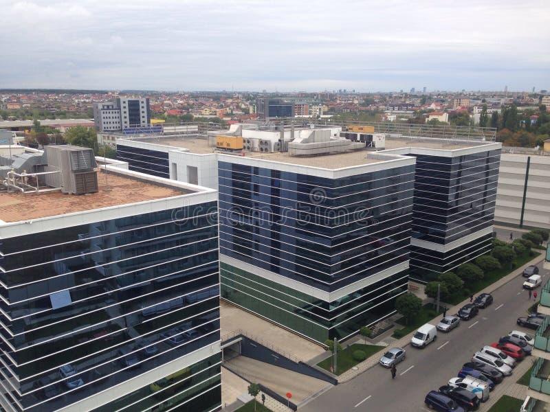 Construção moderna em Bucareste fotos de stock