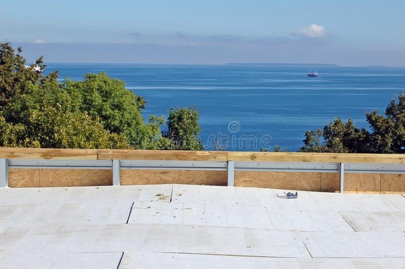 Construção nova do telhado fotos de stock royalty free