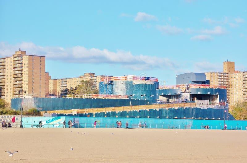 Construção ny do aquário do Coney Island em andamento foto de stock royalty free