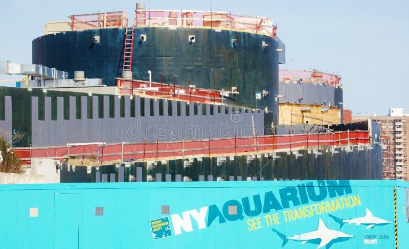 Construção ny do aquário do Coney Island em andamento fotos de stock