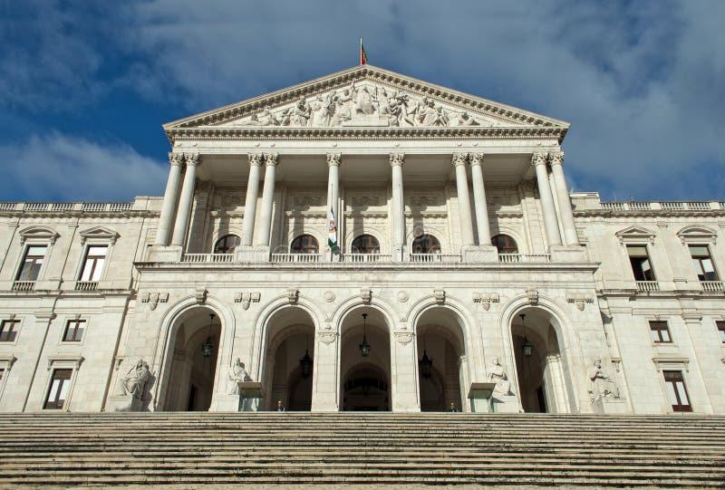 Construção portuguesa do parlamento, Palacio a Dinamarca Asembleia a Dinamarca Republica, Lisboa, Portugal front fotografia de stock royalty free