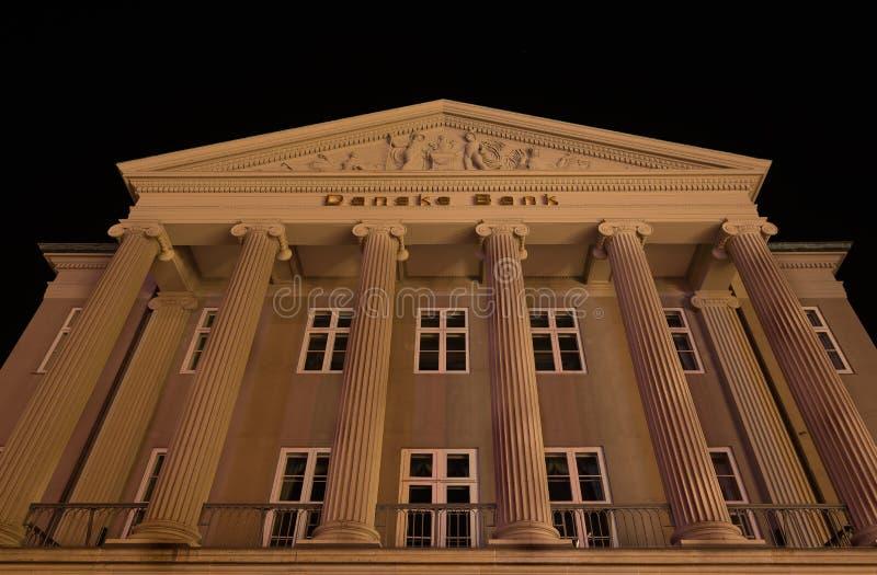 A construção principal do banco dinamarquês em Copenhaga na noite imagem de stock royalty free