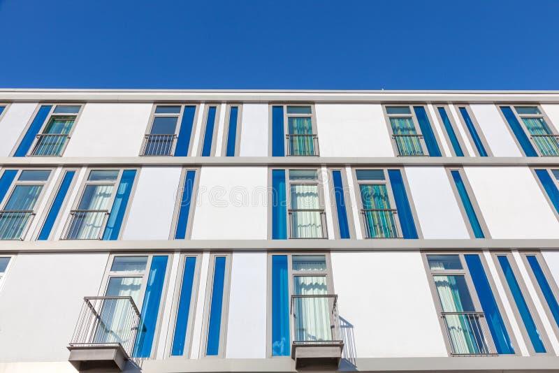 Construção residencial moderna fotos de stock