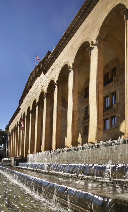 Construção velha do parlamento em Tbilisi geórgia fotografia de stock royalty free