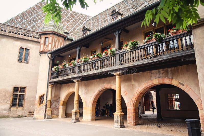 Construção velha nas ruas de Colmar, França imagens de stock royalty free