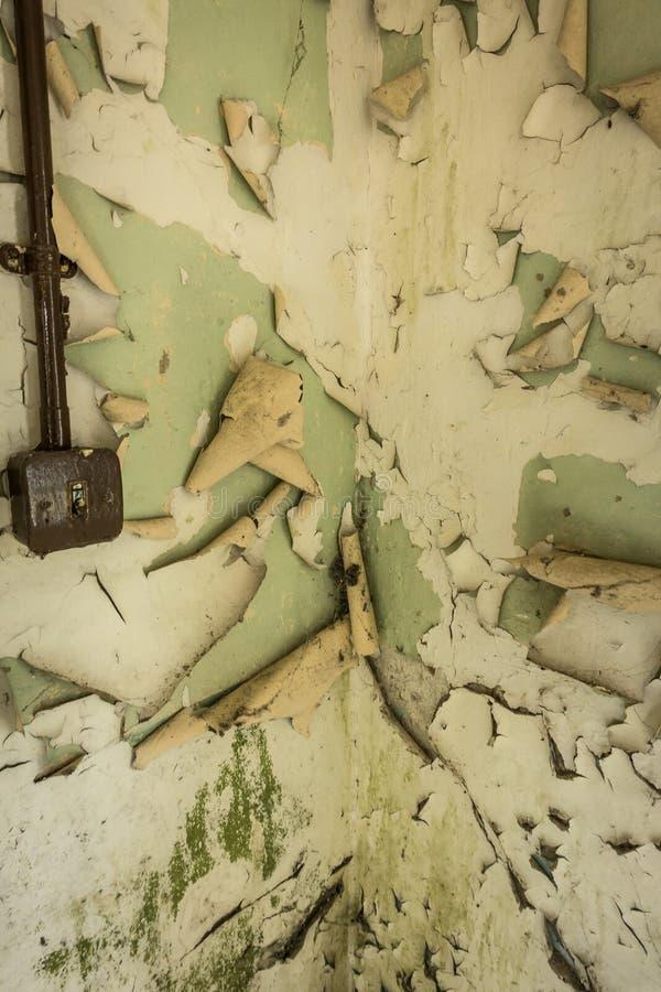 Construções abandonadas na base de Royal Air Force fotos de stock